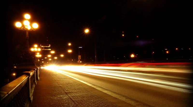 When driving at night, stay right says DHSMV