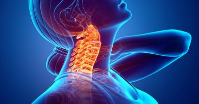 COUNT ON A GOOD CHIROPRACTOR FOR YOUR NECK PAIN CAUSED BY YOUR CELLPHONE